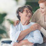 Seniors : combien coûte une aide à domicile ?